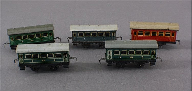 Modelleisenbahn, 5 Personenwagen Uhrwerk, Spur 0