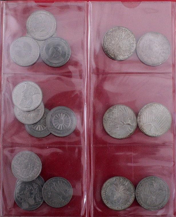 Album, 5-DM und 10 DM- Münzen
