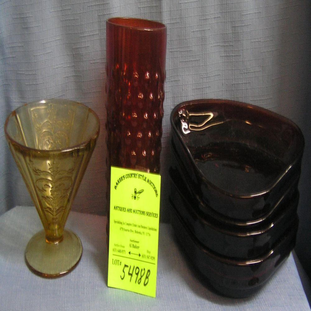 Six piece group of depression and art glass