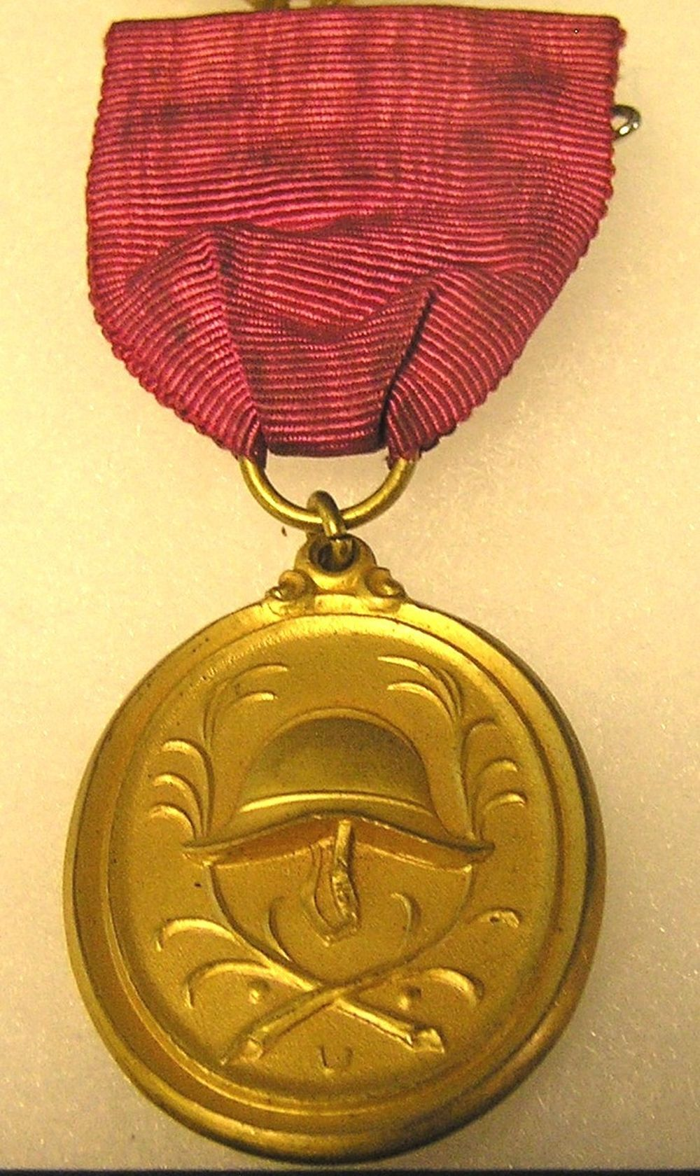 WWII NAZI GERMANY GOLD BADGE AND RIBBON