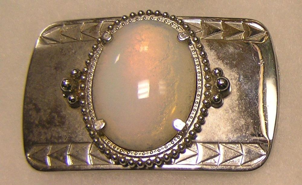 LARGE PEARL SHAPED DECORATIVE BELT BUCKLE