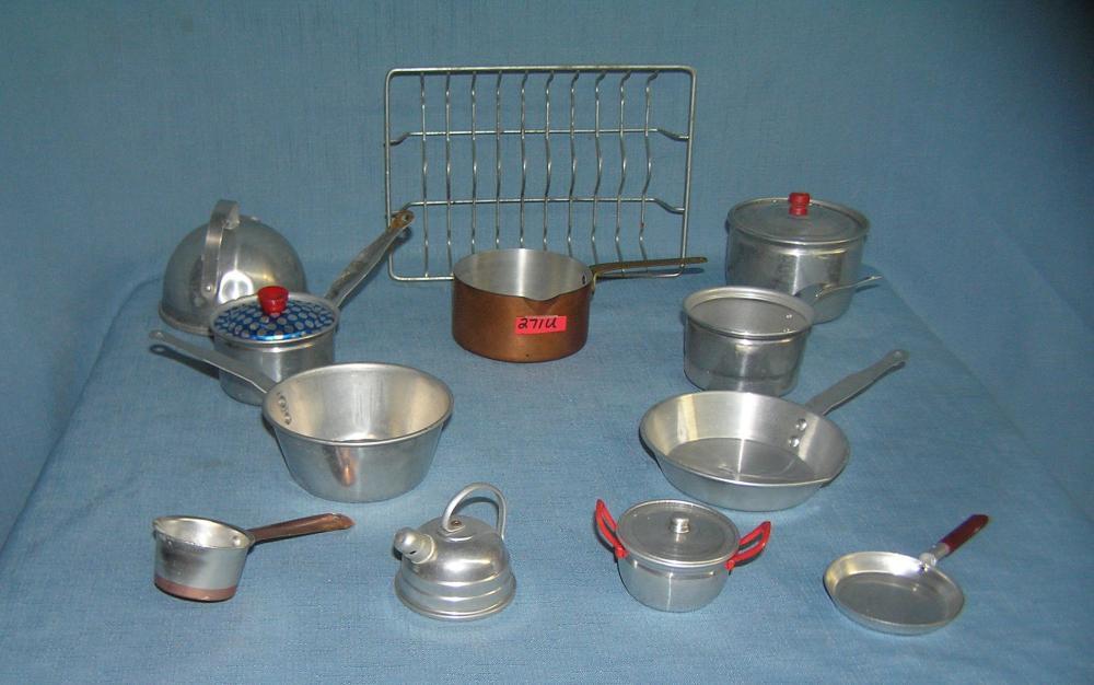 15 piece aluminum kitchenware set