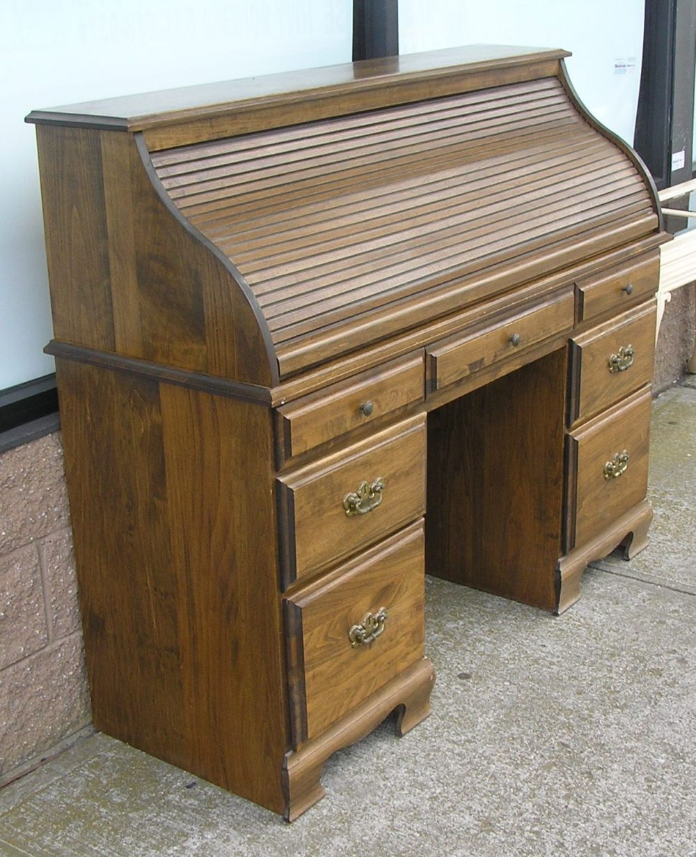 Lot Vintage Modern Era Roll Top Desk Solid Wood Circa 1970 S