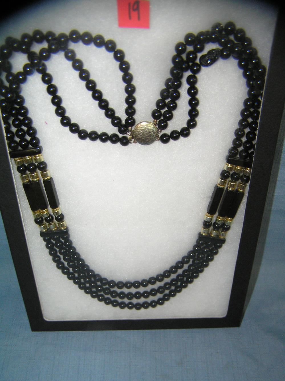 VINTAGE COSTUME JEWELRY ONYX NECKLACE