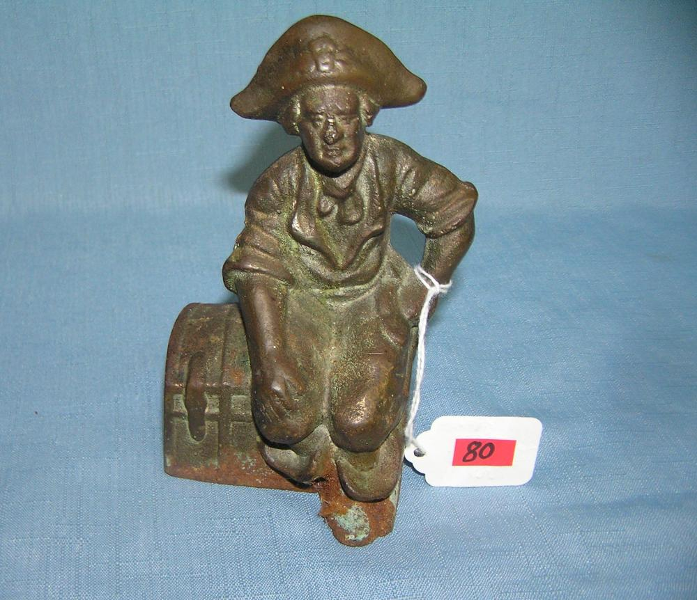 CAST IRON PIRATE/TREASURE CHEST BOOK END/PAPERWEIGHT