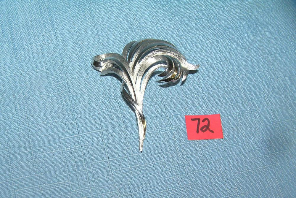 CUSTOM DESIGNER PIN BY AND SIGNED TRIFARI 1950'S