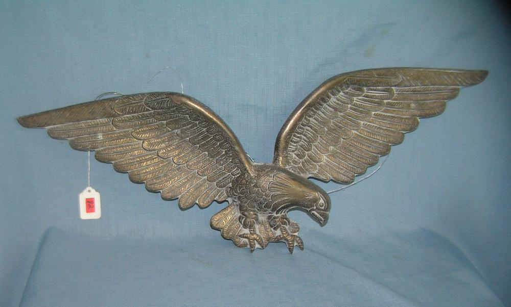HEAVY CAST METAL AMERICAN EAGLE WALL DISPLAY