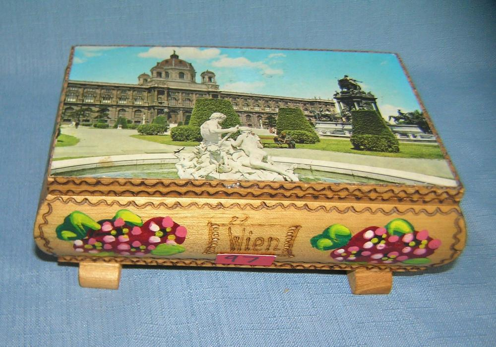 HAND PAINTED SWISS MECHANICAL MUSICAL JEWELRY BOX