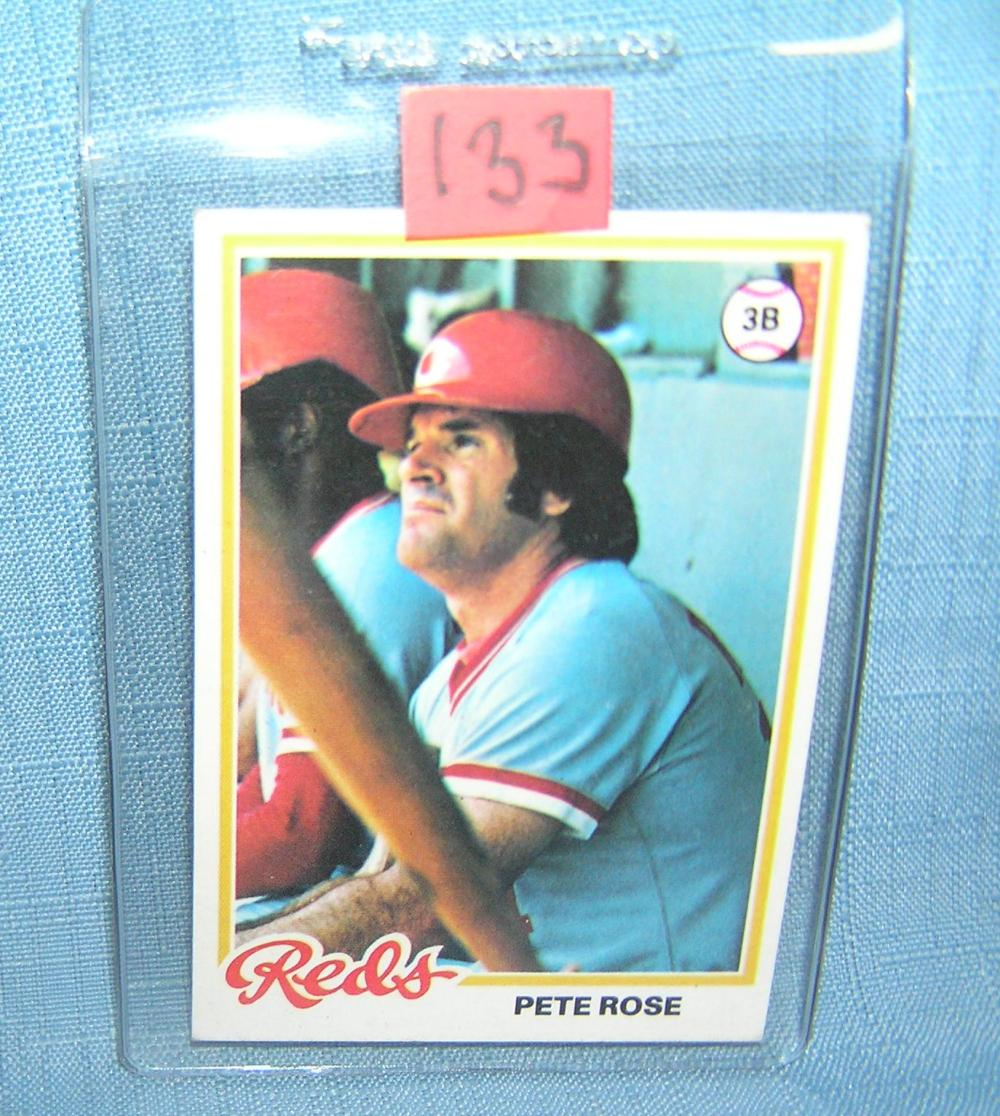 EARLY PETE ROSE TOPPS BASEBALL CARD