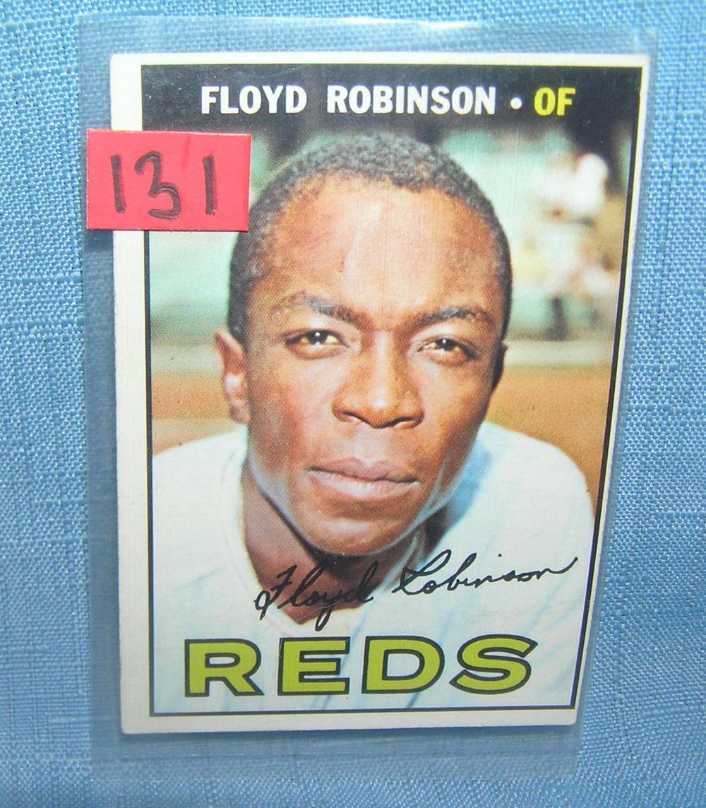 Lot 131: FLOYD ROBINSON 1967 TOPPS ALL STAR BASEBALL CARD