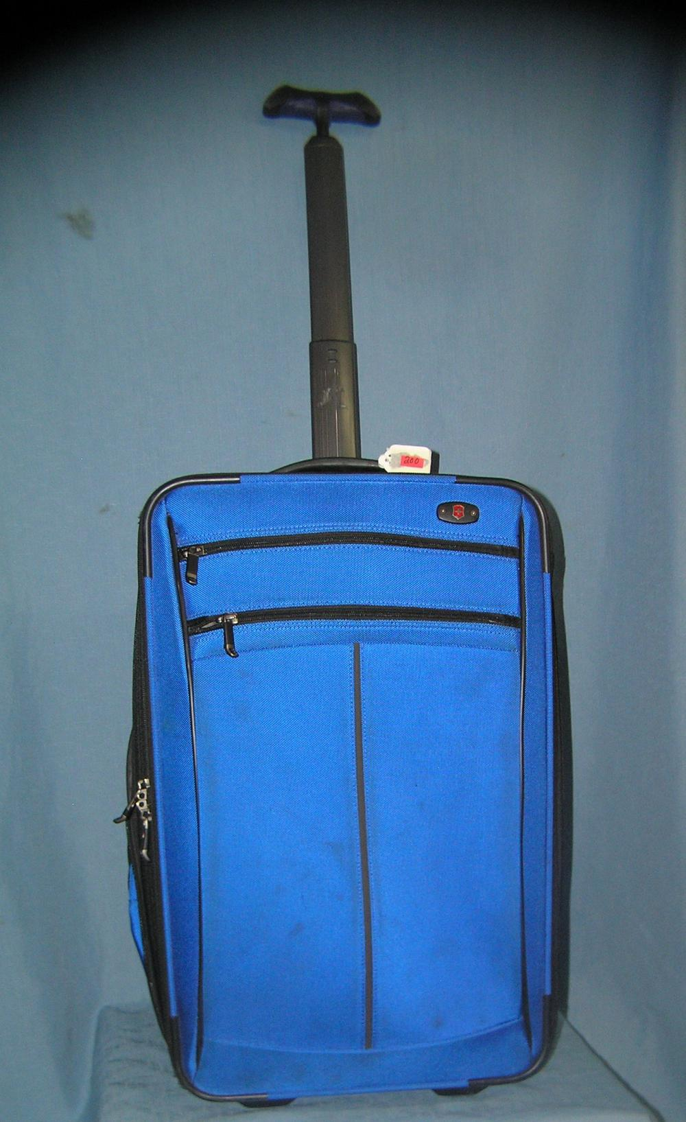 MODERN TRAVEL LUGGAGE CASE