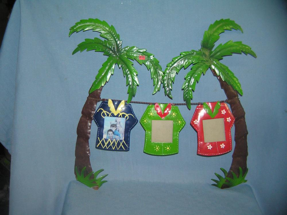 Lot 250: ALL METAL TIKI PARTY WALL DECORATION MULTI COLORED