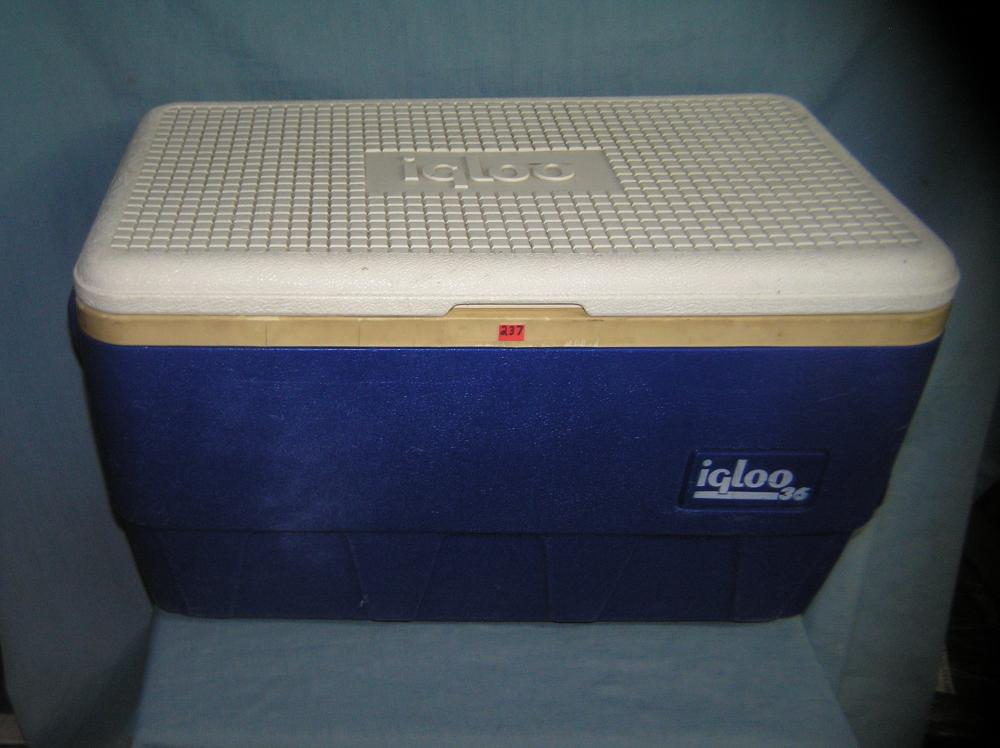 Lot 237: LARGE IGLOO NUMBER 36 BEACH OR PICNIC COOLER