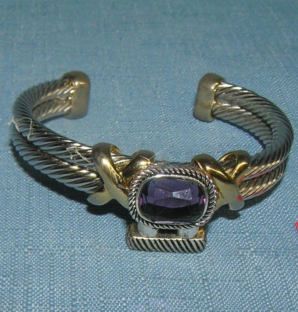 QUALITY SILVER TONE BRACELET WITH LARGE PURPLE STONE