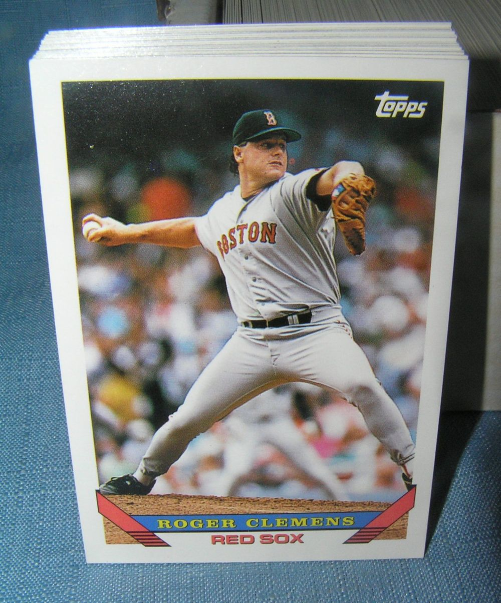 1993 TOPPS BASEBALL CARD SET WITH DEREK JETER ROOKIE CARD