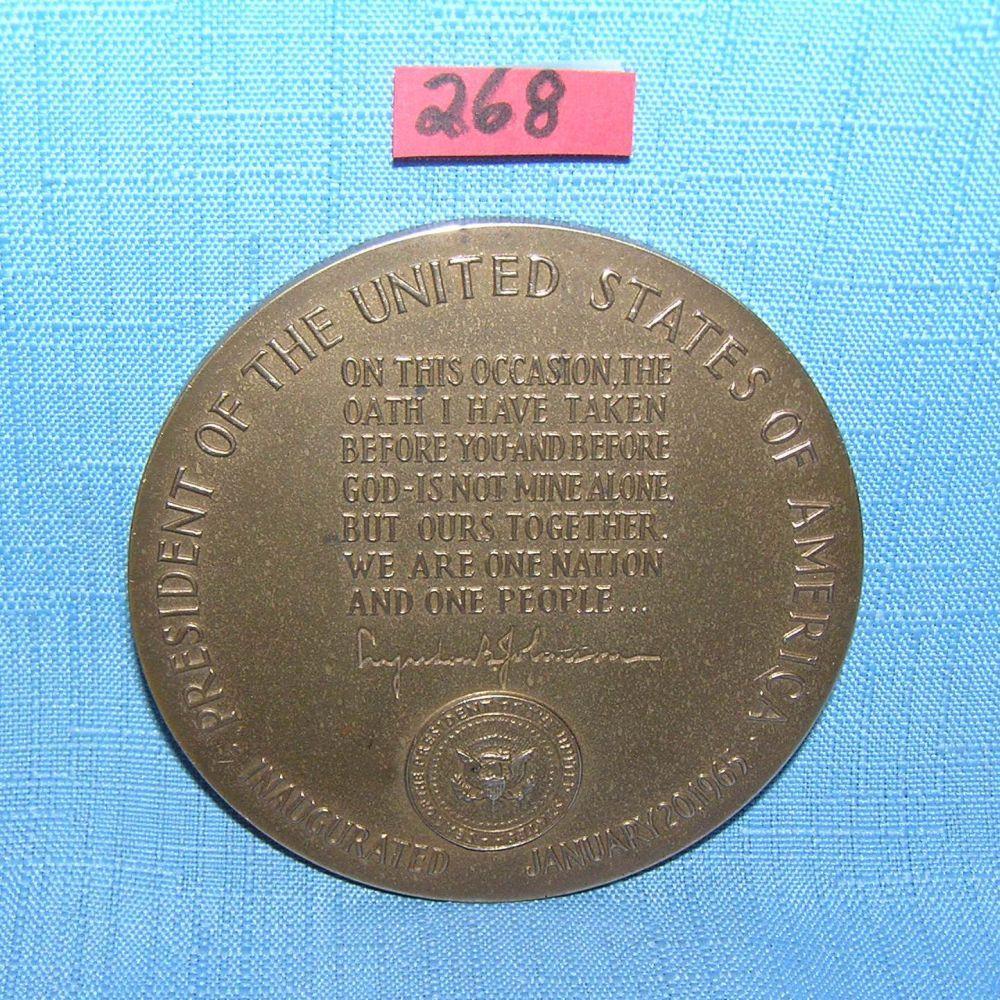 Lot 268: LYNDON JOHNSON SOLID BRONZE INAUGAURAL MEDALLION