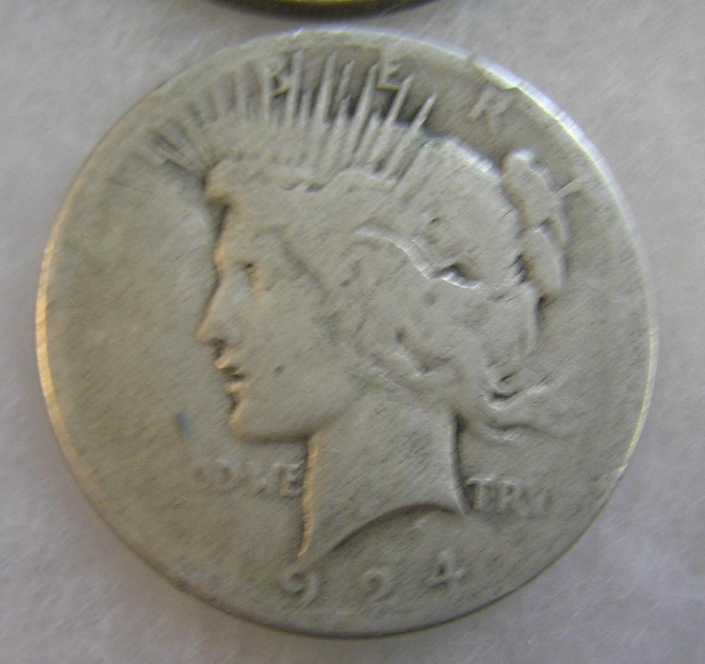 1924S LADY LIBERTY PEACE SILVER DOLLAR IN FAIR CONDITION