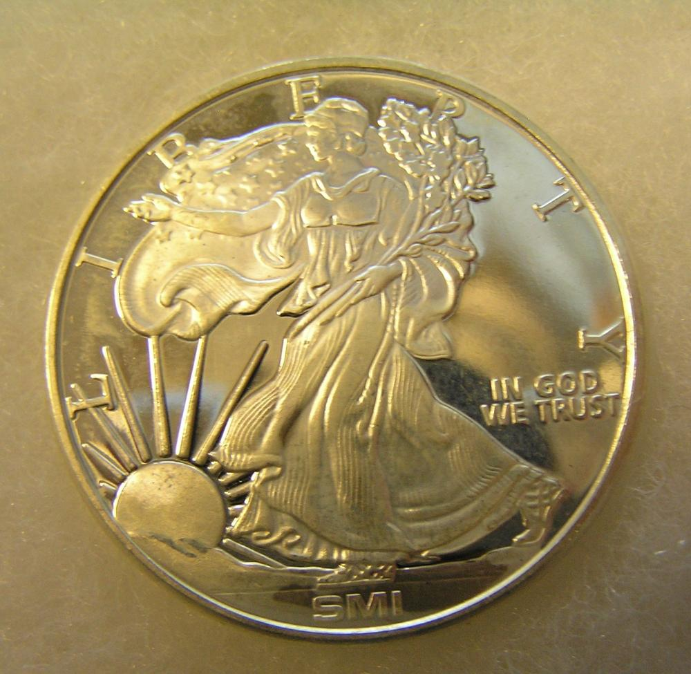 WALKING LADY LIBERTY SILVER COMMEMORATIVE COIN