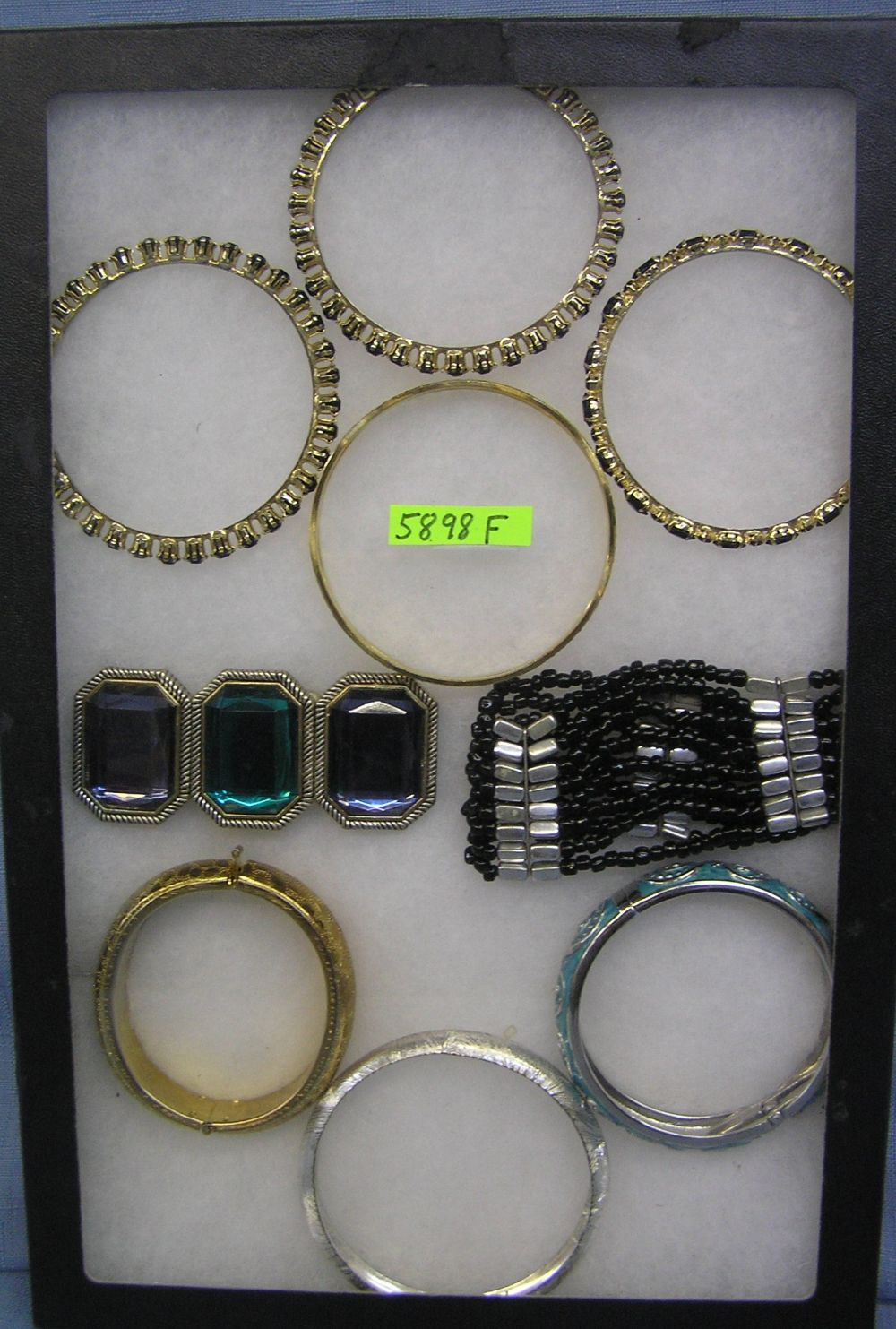 GROUP OF COSTUME JEWELRY BRACELETS