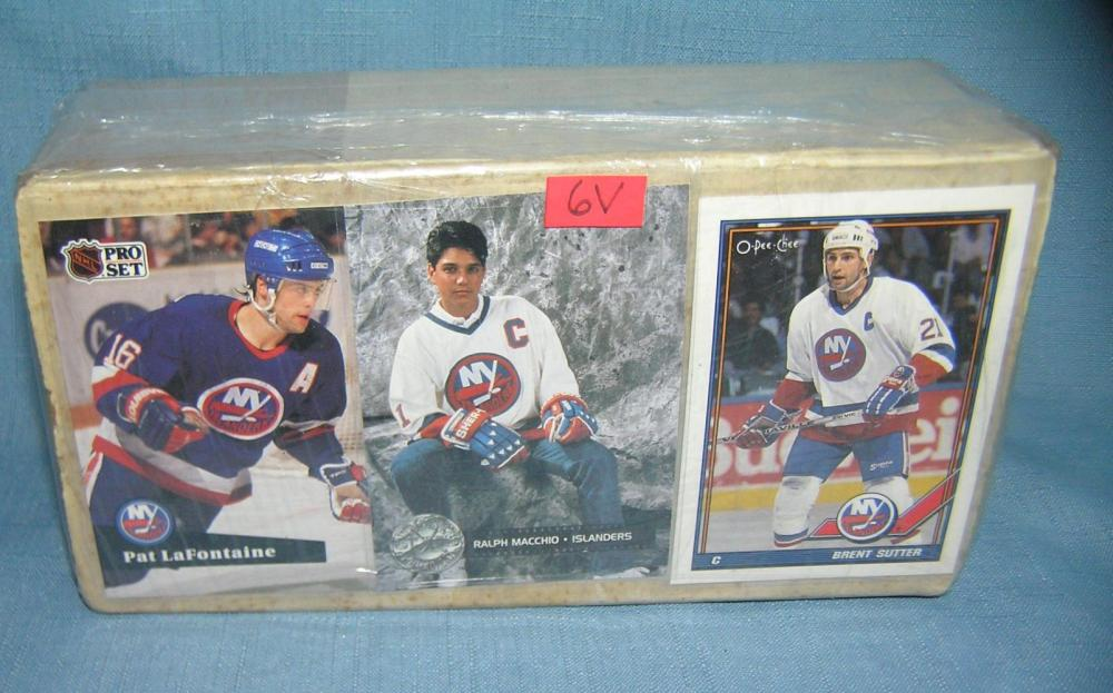 BOX OF VINTAGE HOCKEY CARDS WITH ALL STARS AND ROOKIES
