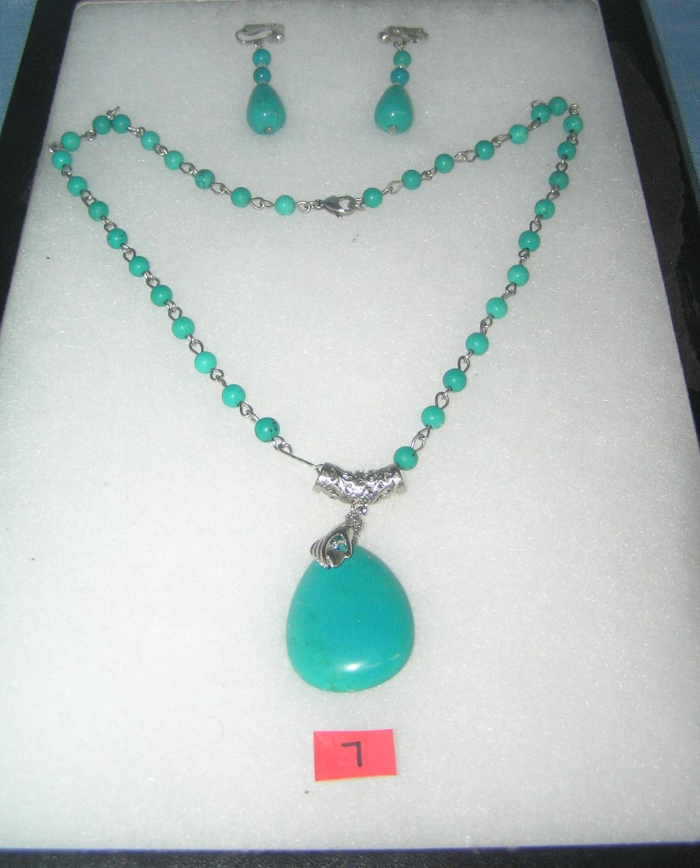 COSTUME JEWELRY TURQUOISE STYLE NECKLACE AND EARRING SET