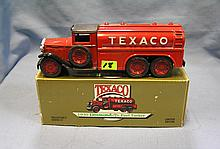 Vintage Texaco all cast metal delivery tanker truck  style bank