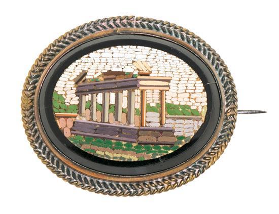 Broche en micromosaico del siglo XIX