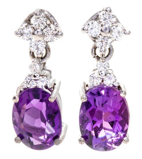 Pendientes colgantes de amatistas y diamantes