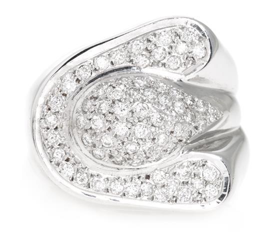 Sortija de pavé de diamantes