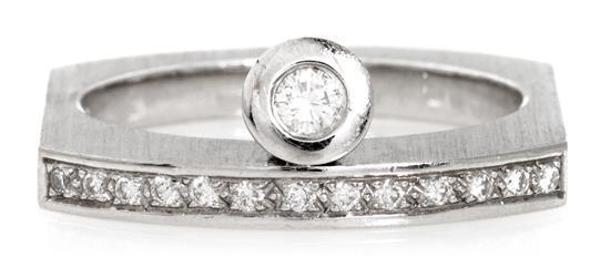 Sortija en oro blanco y diamantes