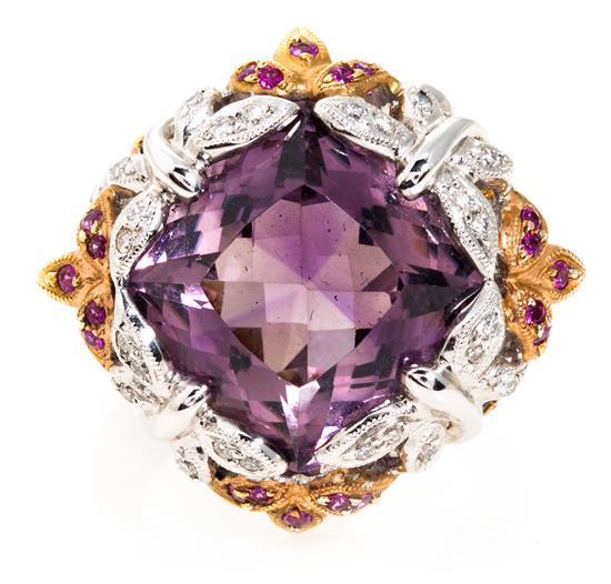 Sortija de amatista central, espinelas y diamantes