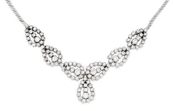 Gargantilla de diamantes, hacia 1950