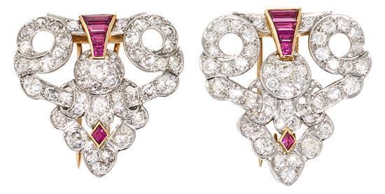 Broche doble clip de rubíes y diamantes, de mediados del siglo XX
