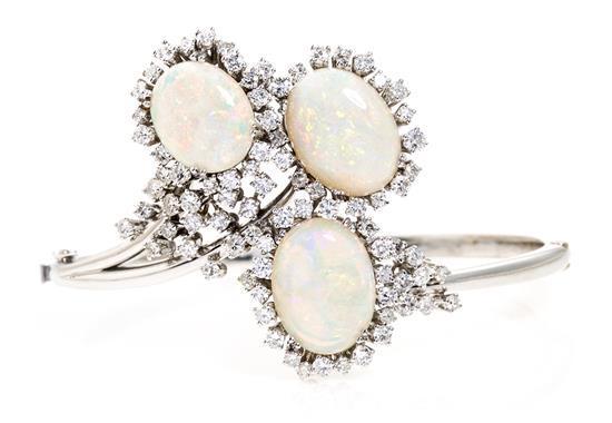 Pulsera de ópalos y diamantes