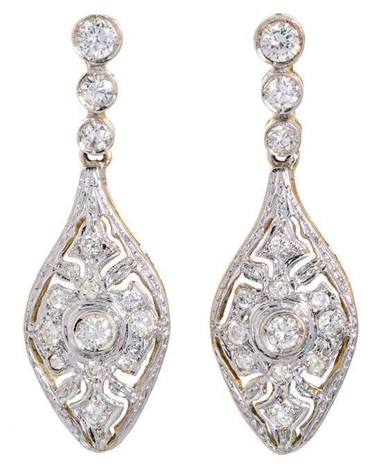 Pendientes largos de diamantes de estilo Belle Époque