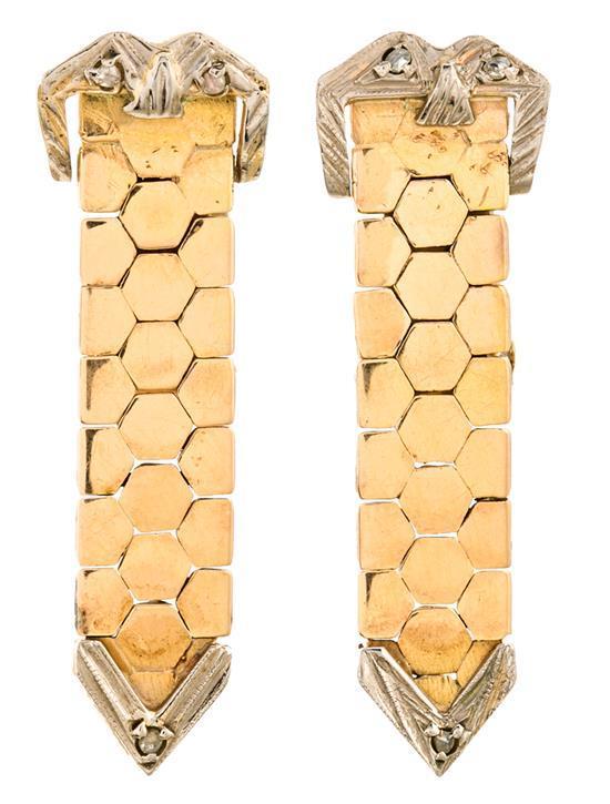 Pendientes largos en forma de cinturón, de mediados del siglo XX