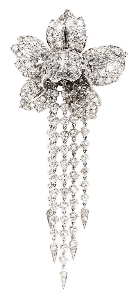 Broche floral con cascada de diamantes, hacia 1950-1960