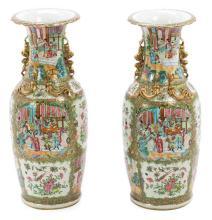 Pareja de jarrones chinos en porcelana de Cantón, de finales del siglo XIX