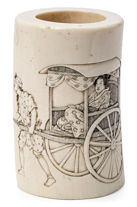 Japanese Meiji school, late 19th-early 20th century Jar with figures