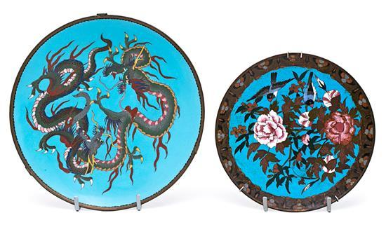 Dos platos japoneses Meiji en cobre esmaltado en