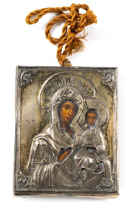 Escuela rusa de principios del siglo XX Virgen con el Niño Icono al óleo sobre tabla con