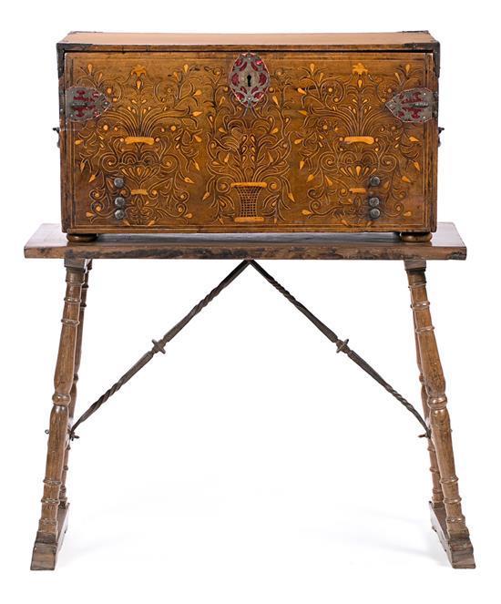 Spanish walnut bureau with boxwood marquetry, 17th Century