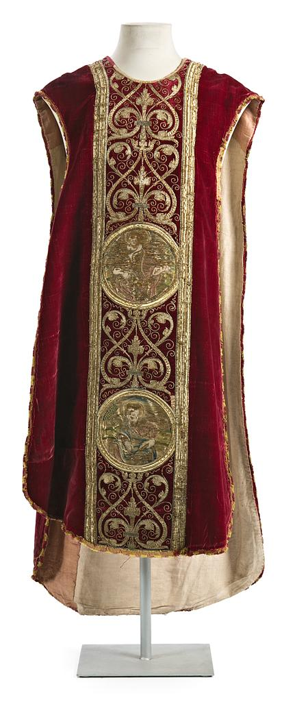 Chasuble in velvet and silk embroidered with gold thread, late 16th-first decades of the 17th Century