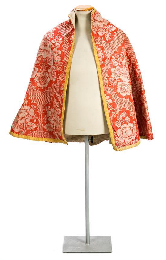Capa española en algodón tramado bicolor, de finales del siglo XVII-primer tercio del siglo XVIII