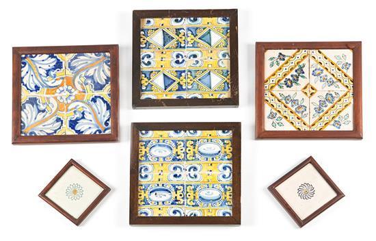 Seis juegos de azulejos catalanes en loza, de los siglos XVII al XIX