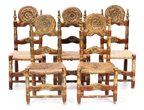 Juego de cinco sillas mallorquinas en madera tallada, policromada y dorada en corladura, del siglo XVIII