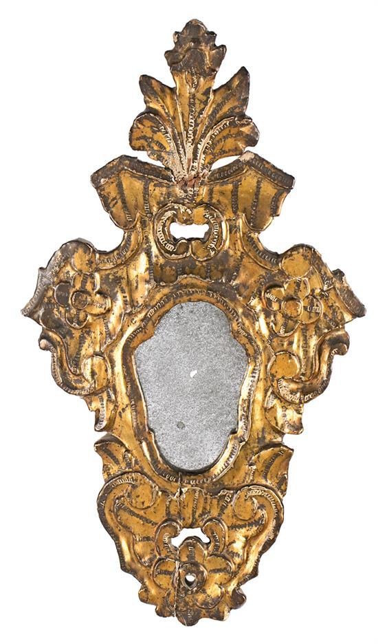 Charles III small decorative mirror in wood carved and gilded in corladura, third quarter of the 18th Century