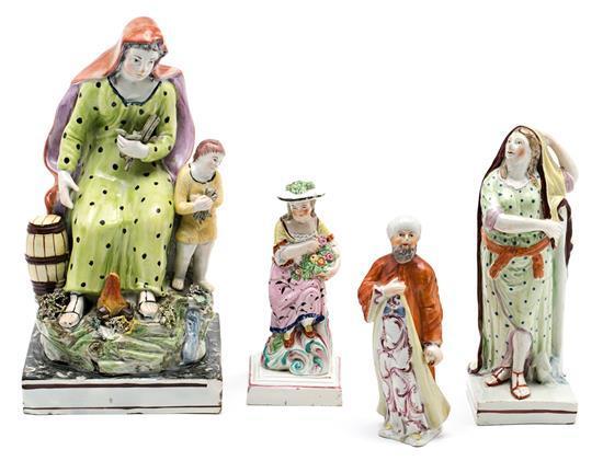 Cuatro esculturas inglesas en loza, de finales del siglo XVIII-principios del siglo XIX