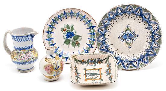 Cinco piezas levantinas en loza, del siglo XIX