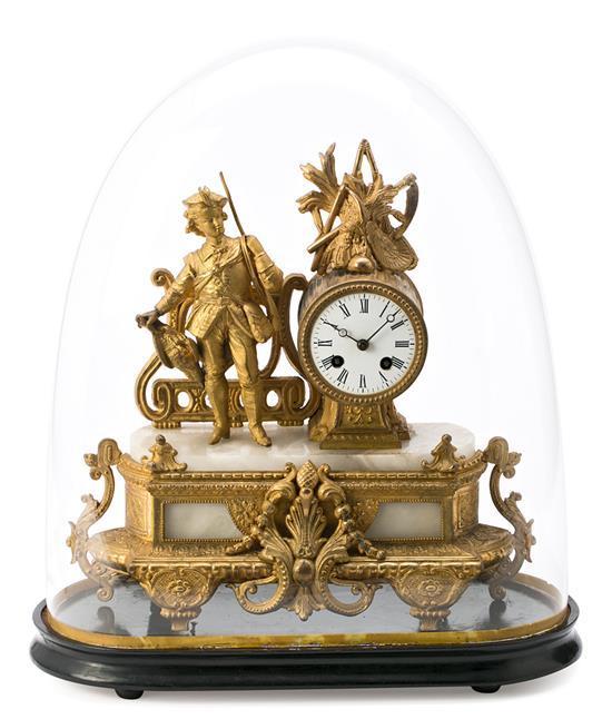 Reloj de sobremesa Napoleón III en bronce dorado y alabastro, de mediados del siglo XIX